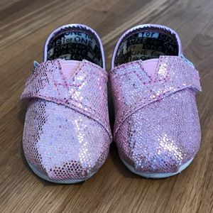 Sparkly Pink Toddler TOMS Flats T3